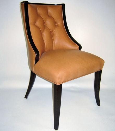sedia classica / imbottita / in legno / in pelle