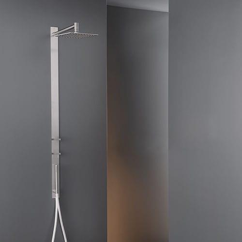 set doccia da parete / moderno / con doccia a mano / con soffione regolabile