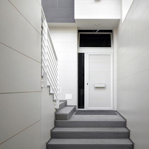 rivestimento murale in ceramica / per uso residenziale / professionale / levigato