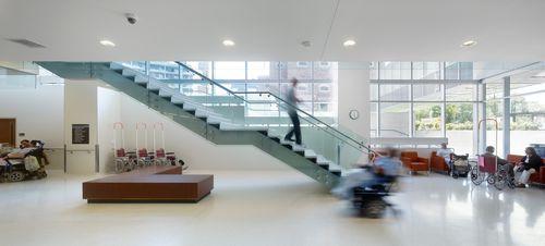 Pavimento in ceramica / professionale / per ospedale / a quadrotte COLLECTION: BIANCO LAMINAM