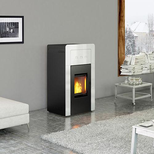stufa-caldaia a pellet / multicombustibile / moderna / tradizionale