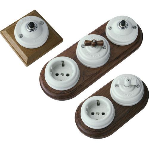 interruttore a pulsante / a leva / rotativo / in legno