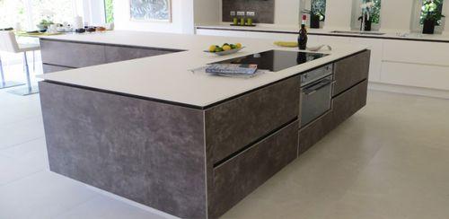 Piano di lavoro in pietra naturale / per uso residenziale / da cucina VESUVIO : BIANCO POLARE by Heather e S. A. - Hanna B Designs lapitec