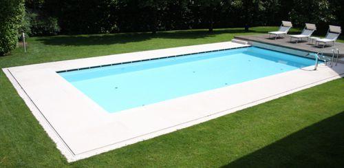 Piastrella per bagnasciuga di piscina / da pavimento / in pietra naturale / a rilievo VESUVIO : BIANCO CREMA lapitec