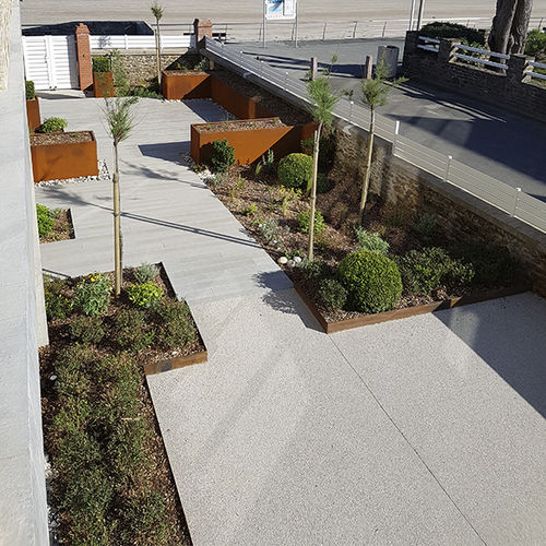 bordura divisoria / da giardino / per allestimenti paesaggistici / in acciaio COR-TEN®