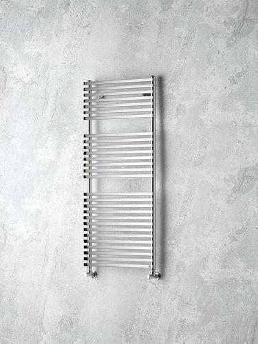 radiatore scaldasalviette ad acqua calda / in metallo / cromato / moderno