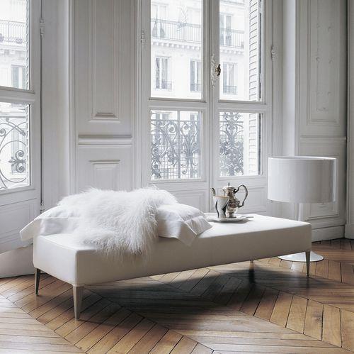 divanetto imbottito moderno / in tessuto / in pelle / di Antonio Citterio