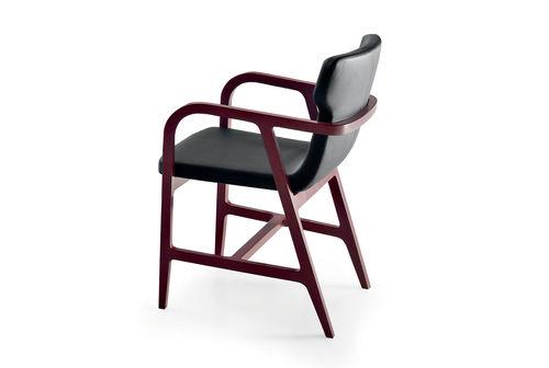 sedia moderna / con braccioli / in faggio / in tessuto