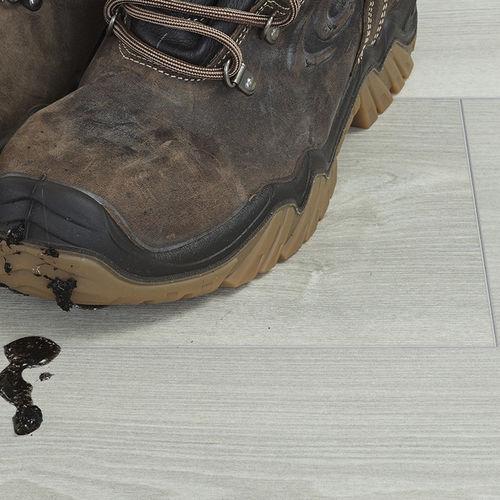 pavimento in sughero naturale / professionale / a doghe / testurizzato