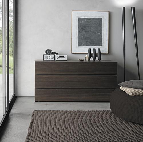 cassettone moderno / in legno laccato / marrone / beige