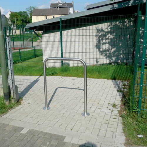 barriera di protezione / fissa / in acciaio inox / per spazio pubblico