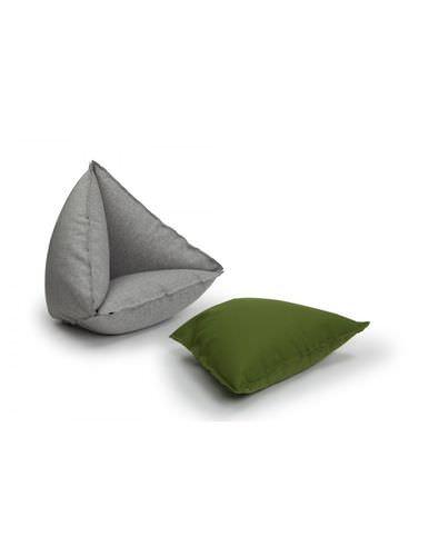 poltrona a sacco moderna / in tessuto / modulare / per edifici pubblici