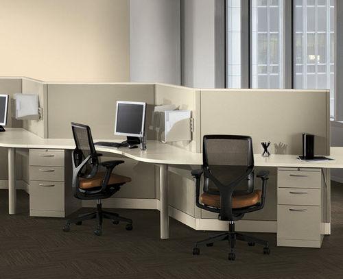 divisorio per ufficio a pavimento / in tessuto / metallo / modulare