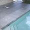 piastrella per bagnasciuga di piscina / da pavimento / in calcestruzzo / opaca