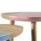 Tavolo d'appoggio moderno / in MDF / triangolare CAMI by Luis Arrivillaga KENDO MOBILIARIO