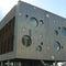 rivestimento di facciata in gesso / in titanio / in zinco / con scanalature