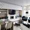 cucina moderna / in legno laccato / in Solid Surface / in laminato