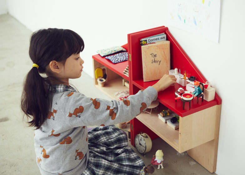 Costruire Una Casa Delle Bambole Di Legno : Casa delle bambole in legno usata. trendy la casa delle barbie fai