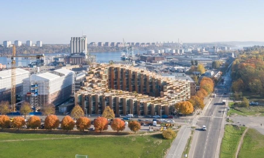 I grandi appartamenti drammatici «del pendio di collina» si aprono