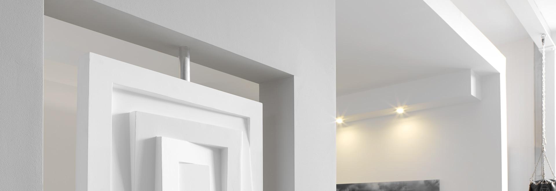 accensione delle soluzioni per i modanature decorativi
