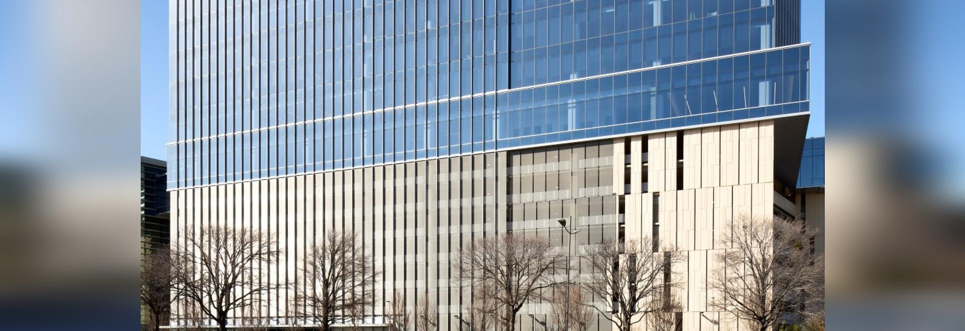 Edificio per uffici certificato d'argento di LEED con la maglia architettonica di HAVER
