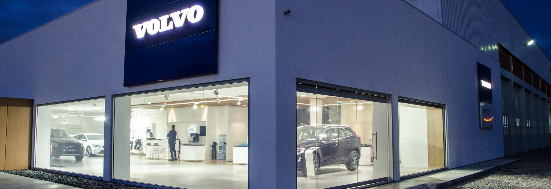 Progetto del concessionario auto di Volvo a cura di Brilumen