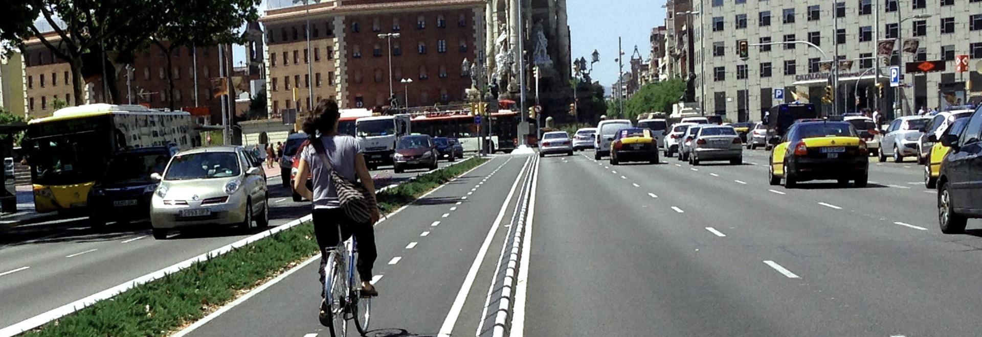 Striscia di corsia di gomma del ciclo di MOMPE installata a Barcellona
