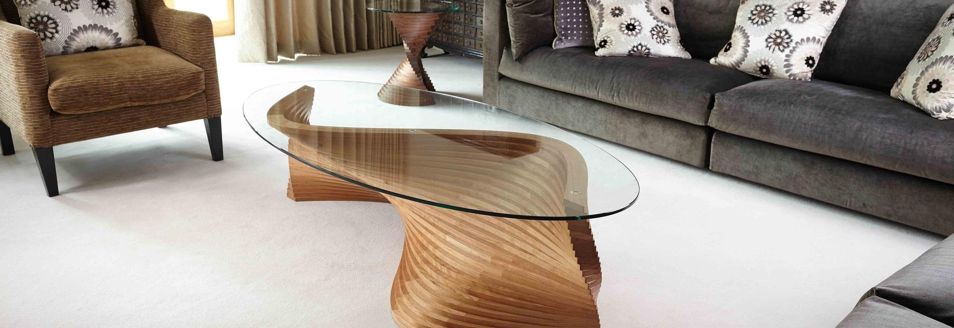 Tavolino da salotto scultoreo del Sidewinder II