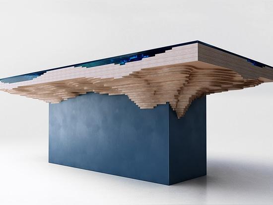 la tabella è messa dal legno della qualità superiore di vetro e dalle foreste dirette consiglio di amministrazione della foresta