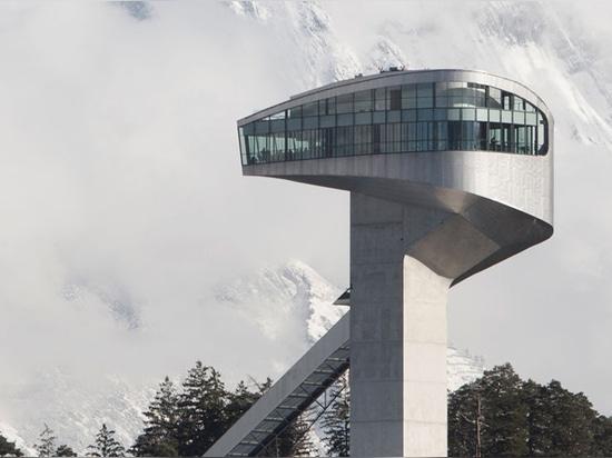 salto di pattino del bergisel, Innsbruck, Austria, (2002)/cortesia di immagine del betriebsgesmbH del bergisel