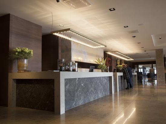 Nuova raccolta di JSPR pagina e linee della parete al Van der Valk Hotel Enschede