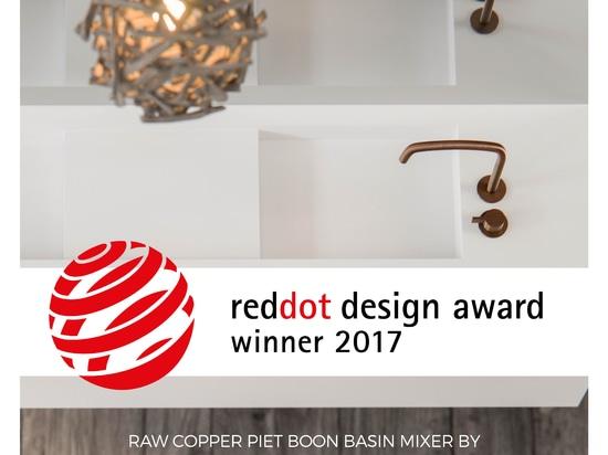 Il BOZZOLO vince Dot Award rosso 2017