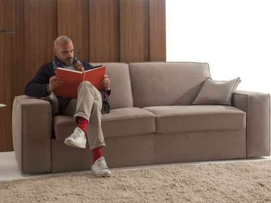 Undici: letto di sofà automatico