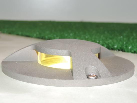 Le luci a LED da incasso a terra VOLCANO
