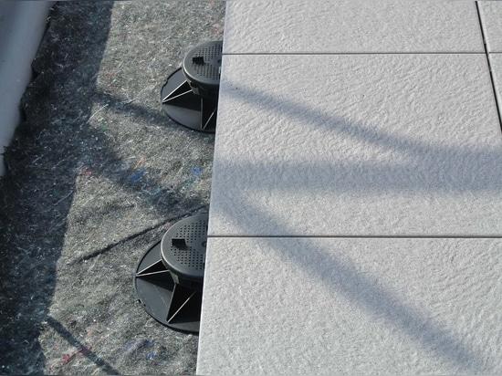 Realizzazione di Decking con i contributi alle pavimentazioni alzate