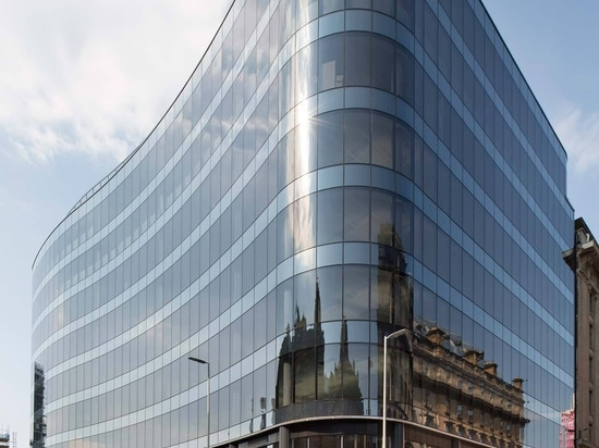 BAM Properties completa l'edificio 110 Queen Street (Glasgow) con KRION come uno dei materiali scelti