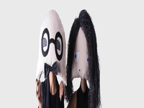 Fronte e maschere dell'officina da Vinny Dolls