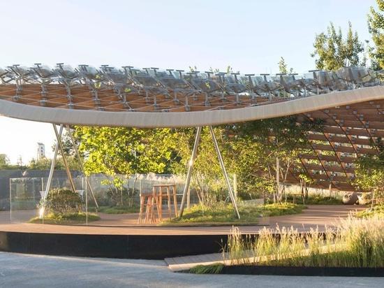 """PAZZO propone """"il giardino vivente"""" a casa del futuro alla visione 2018 della casa della porcellana"""