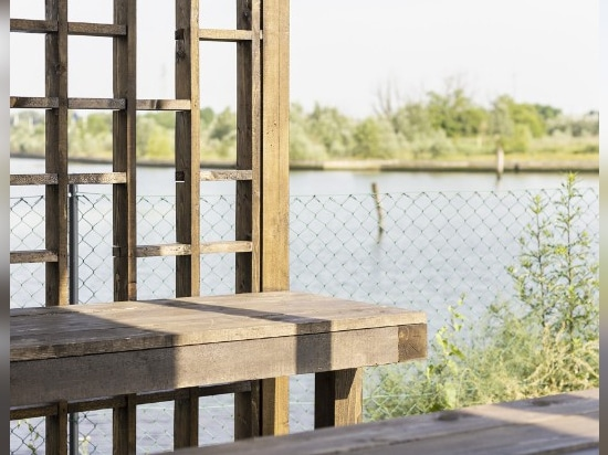Un padiglione per danzare sulla laguna di Venezia