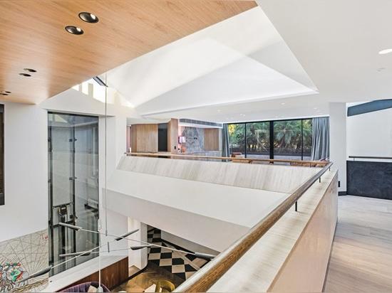 La Camera della collina di Bellevue dagli architetti di Geoform