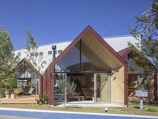 lo studio degli architetti del monte Fuji utilizza il legno di CLT per alloggio prefabbricato nel Giappone