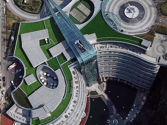 La giada + il QA rivela l'hotel «del groundscraper» in cava cinese