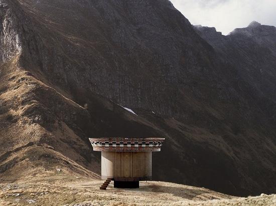 per essere presentato alla settimana di progettazione di Milano, il ojalá della casa offre un mondo della scelta infinita