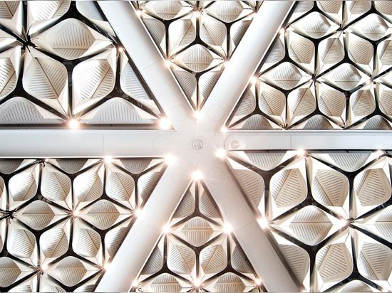Foster + Partners si impegna a rendere i propri edifici a zero emissioni di carbonio entro il 2030