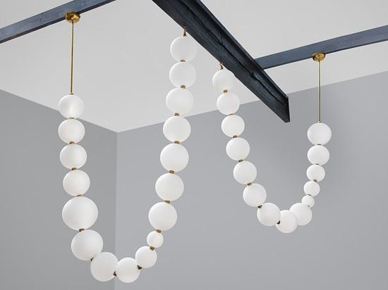 Lampadario contemporaneo / ottone / ottone / vetro soffiato / LED PERLES Semeur d'étoiles