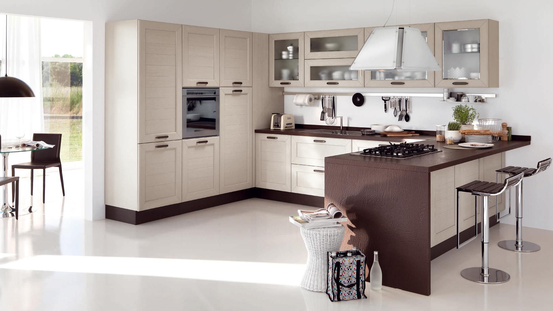 Cucina moderna / in legno / con impugnature CLAUDIA CUCINE LUBE