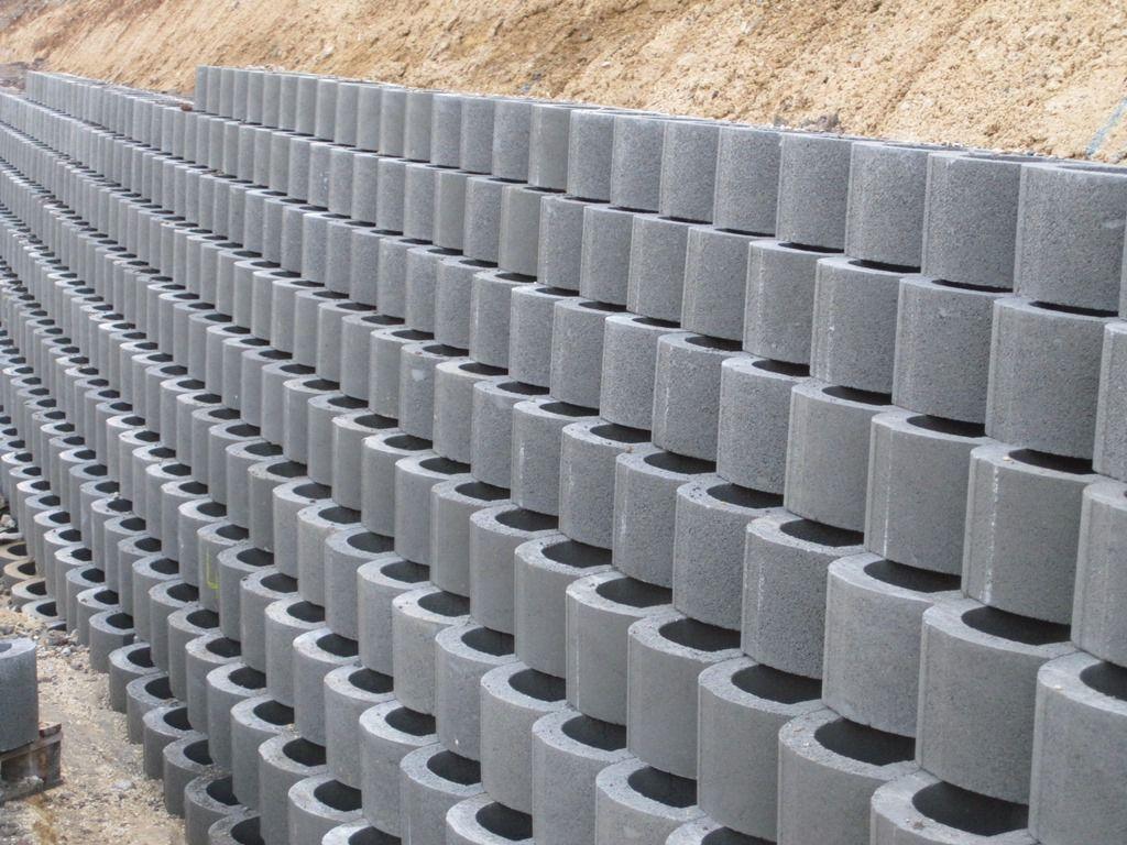Blocchi Per Muri Di Contenimento.Blocco Di Calcestruzzo Forato Per Muro Di Contenimento