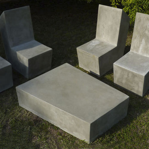 Tavoli Da Giardino In Cemento.Tavolino Basso Moderno In Cemento Da Esterno Da Giardino