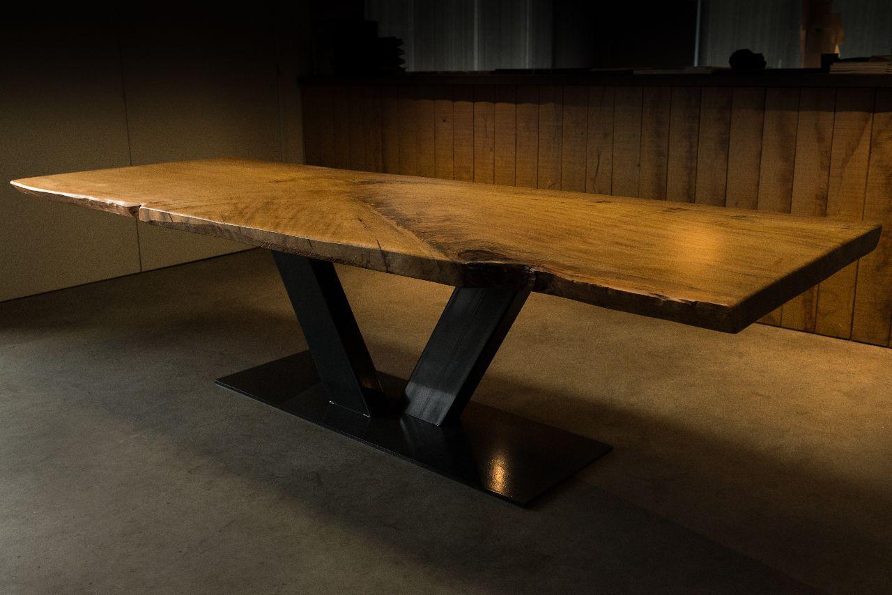Tavolo Da Pranzo Legno E Acciaio.Tavolo Da Pranzo Moderno In Legno Massiccio In Acciaio