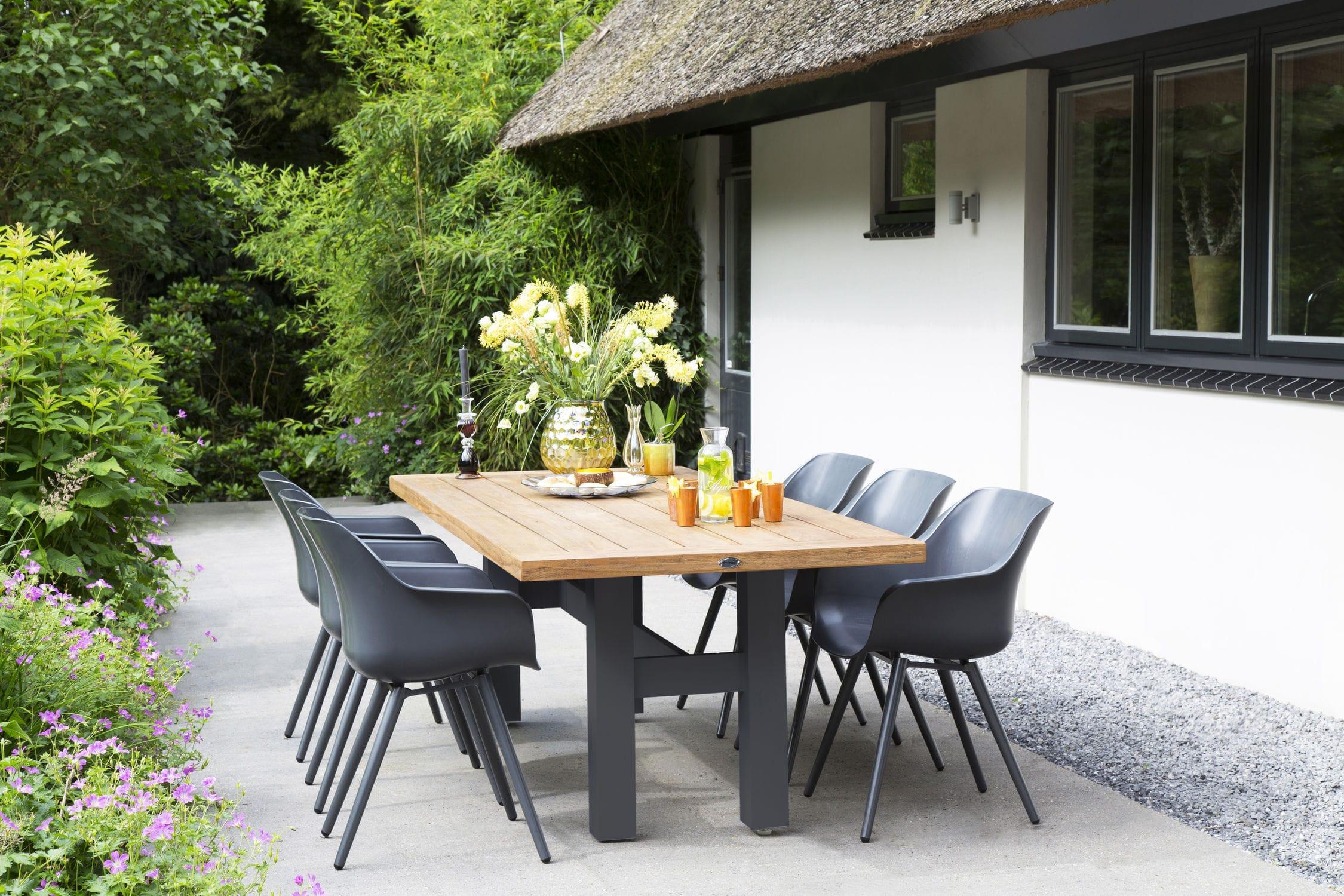 Tavoli E Sedie Da Giardino Resina.Set Tavolo E Sedia Moderno In Alluminio In Resina Da